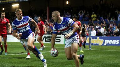 Wakefield's Ryan Hampshire got the first try of the game