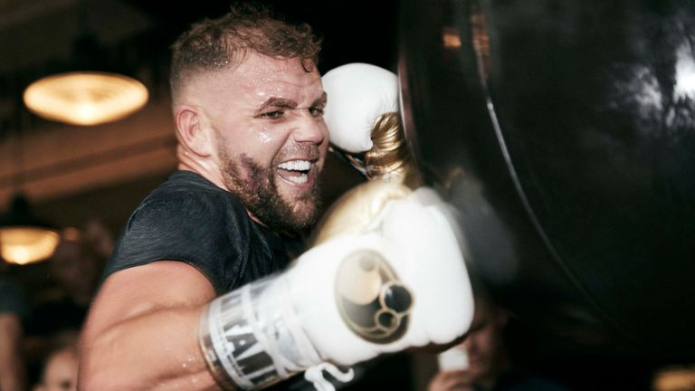 Saunders dreams of a fight with Canelo