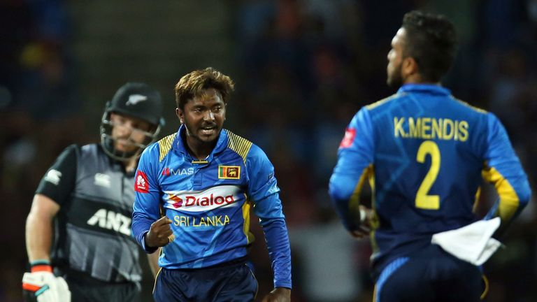 Akila Dananjaya inflicted a second blow on New Zealand with two wickets in three balls