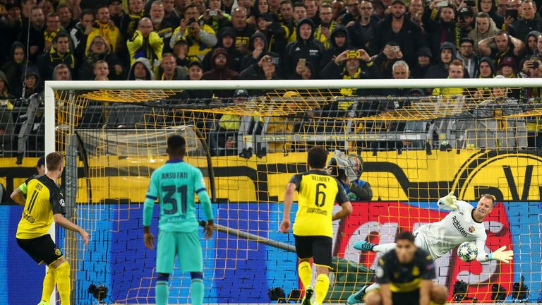 Marc-Andre ter Stegen saves Marco Reus penalty at Signal Iduna Park