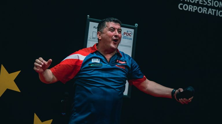 Suljovic claimed his fifth career victory over Van Gerwen in an epic finale in Vienna