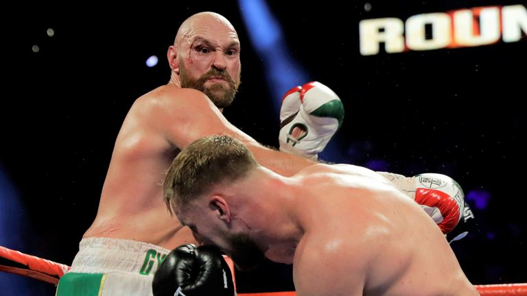 Fury overcame a cut to beat Otto Wallin