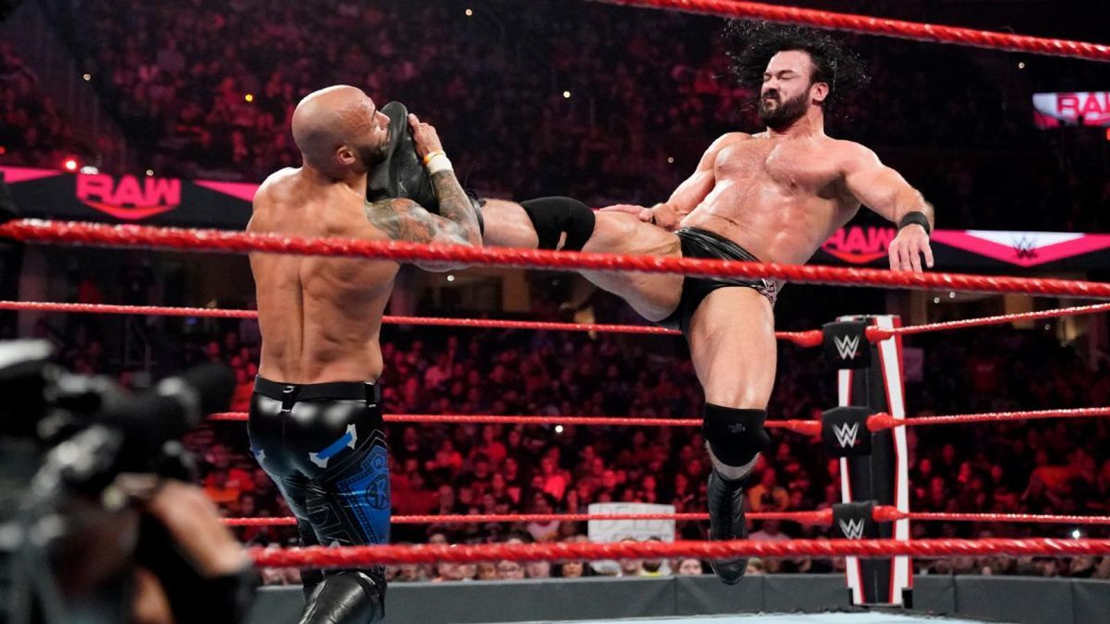 WWE Raw videos from Sept. 19 show in Cleveland, Ohio