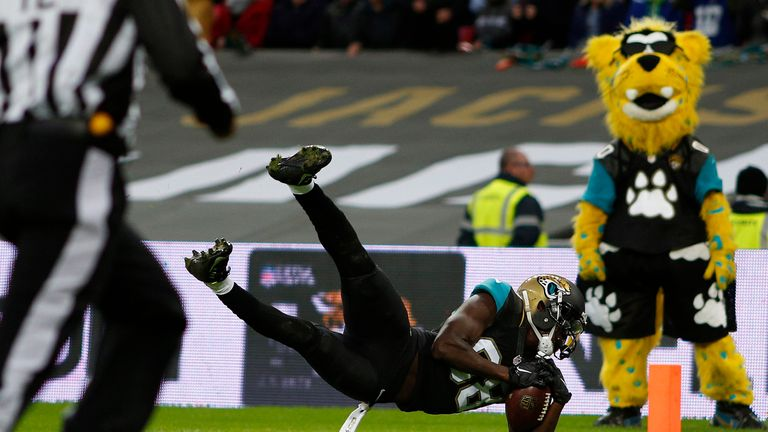 Allen Hurns' diving touchdown secured a classic win for Jacksonville