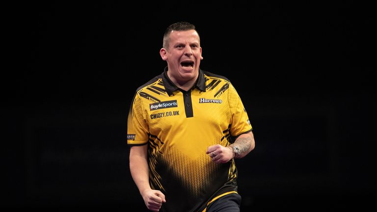 Dave Chisnall was too strong for Stepphen Bunting