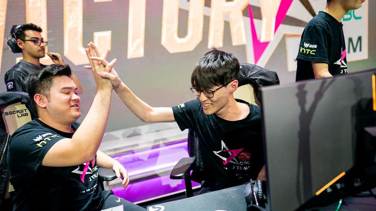 J Team pulled off a huge upset against China's FPX (Credit: Riot Games)