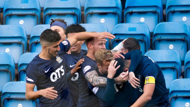 Kilmarnock's Gary Dicker (R) celebrates his goal against St Mirren with team-mates