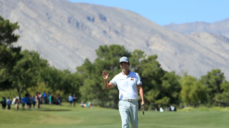 Kevin Na made two eagles and two birdies over the last six holes