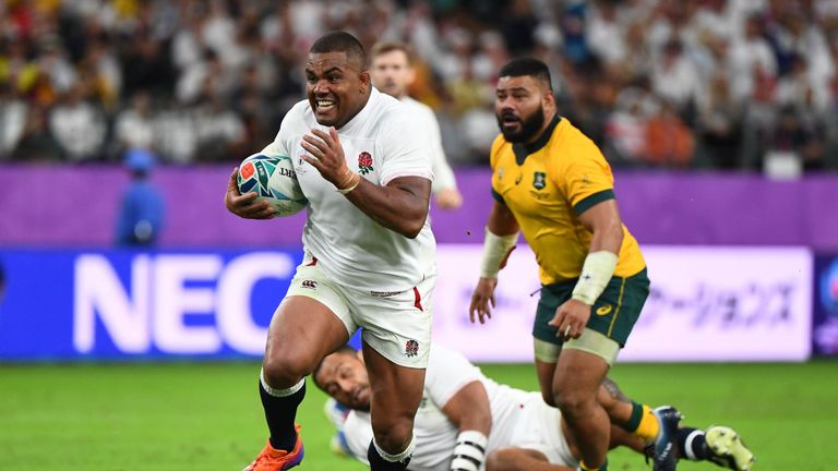 Kyle Sinckler scored England's third try