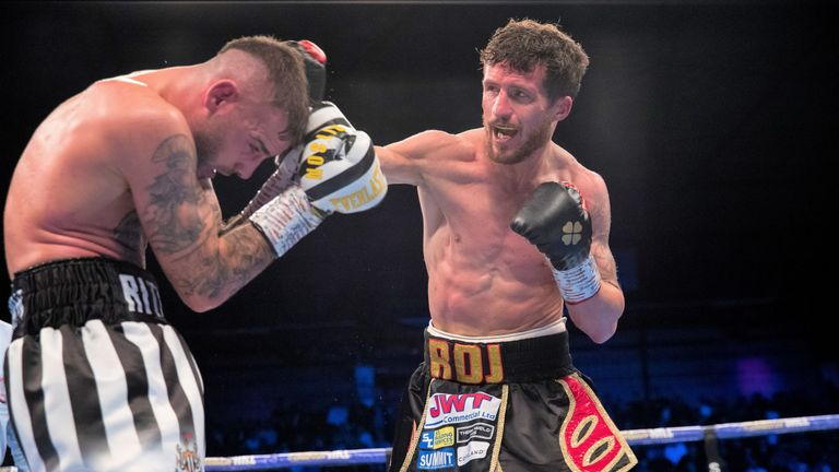 Davies Jr tried to stage a determined fightback
