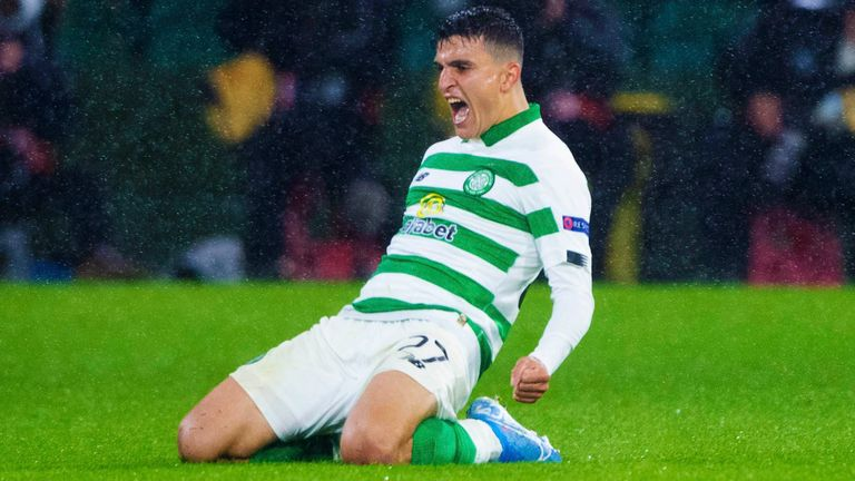 Mohamed Elyounoussi has signed for Celtic on season-long loan from Southampton