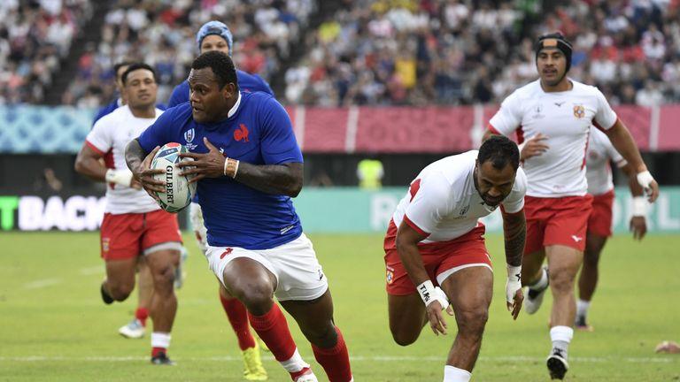 Virimi Vakatawa scores for France