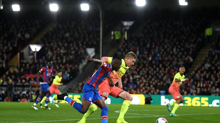 Wilfried Zaha's challenge on Kevin De Bruyne went unpunished