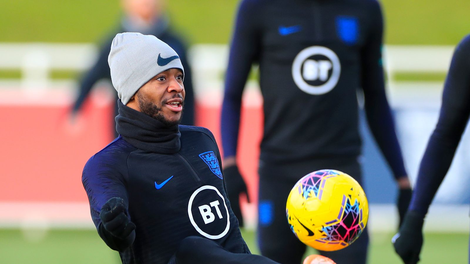 Southgate accepts Sterling may have 'the hump'