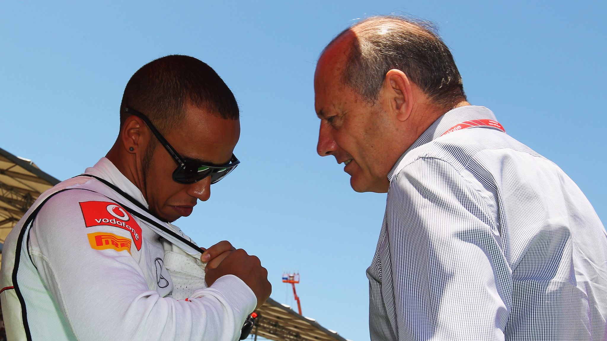 Lewis Hamilton thanks Ron Dennis for helping him get to F1