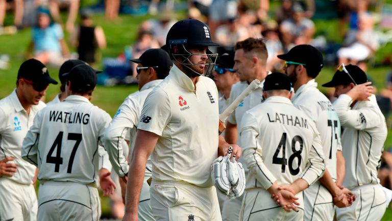 Sibley made just four before being dismissed by Southee