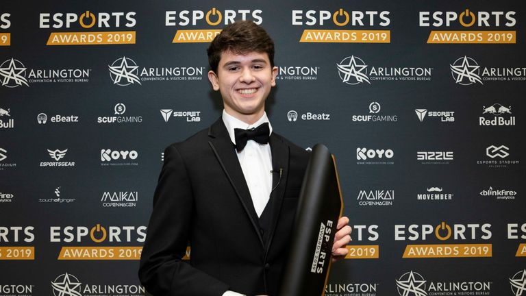 Bugha won both PC Rookie of the Year and PC Player of the Year at the Esports Awards (Credit: Esports Awards)