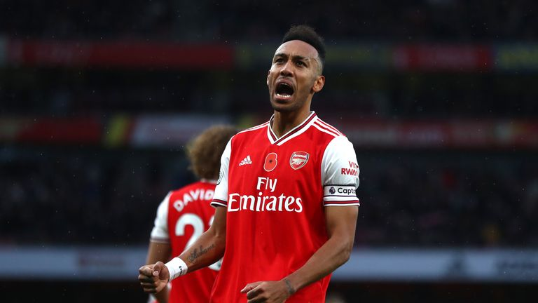 Pierre-Emerick Aubameyang celebrates after putting Arsenal ahead