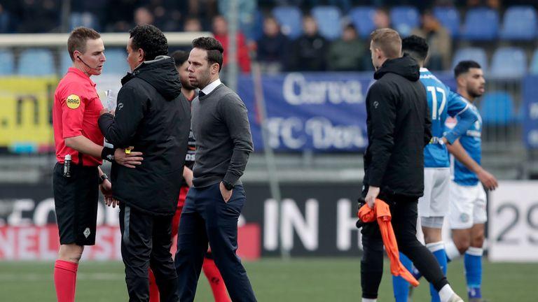 Excelsior coach Ricardo Moniz praised referee Laurens Gerrets