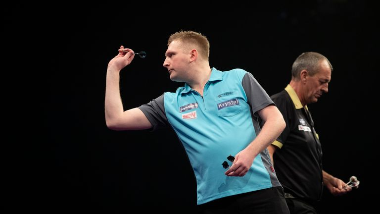 Harrington faces a battle to keep his Tour card and to reach the World Darts Championship next month