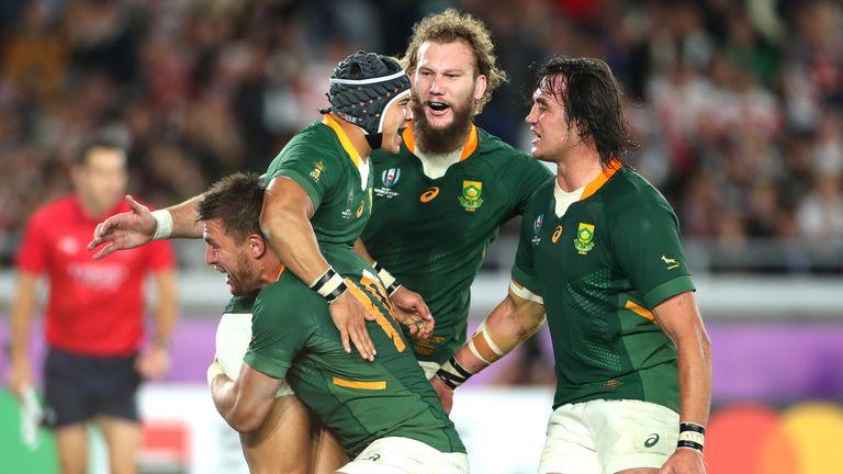 Springboks celebrate Kolbe's clincher