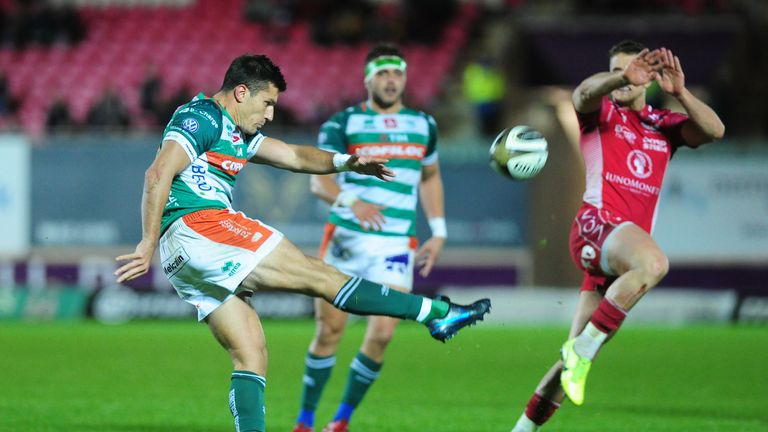Tommaso Allan lines up at fly-half for Benetton