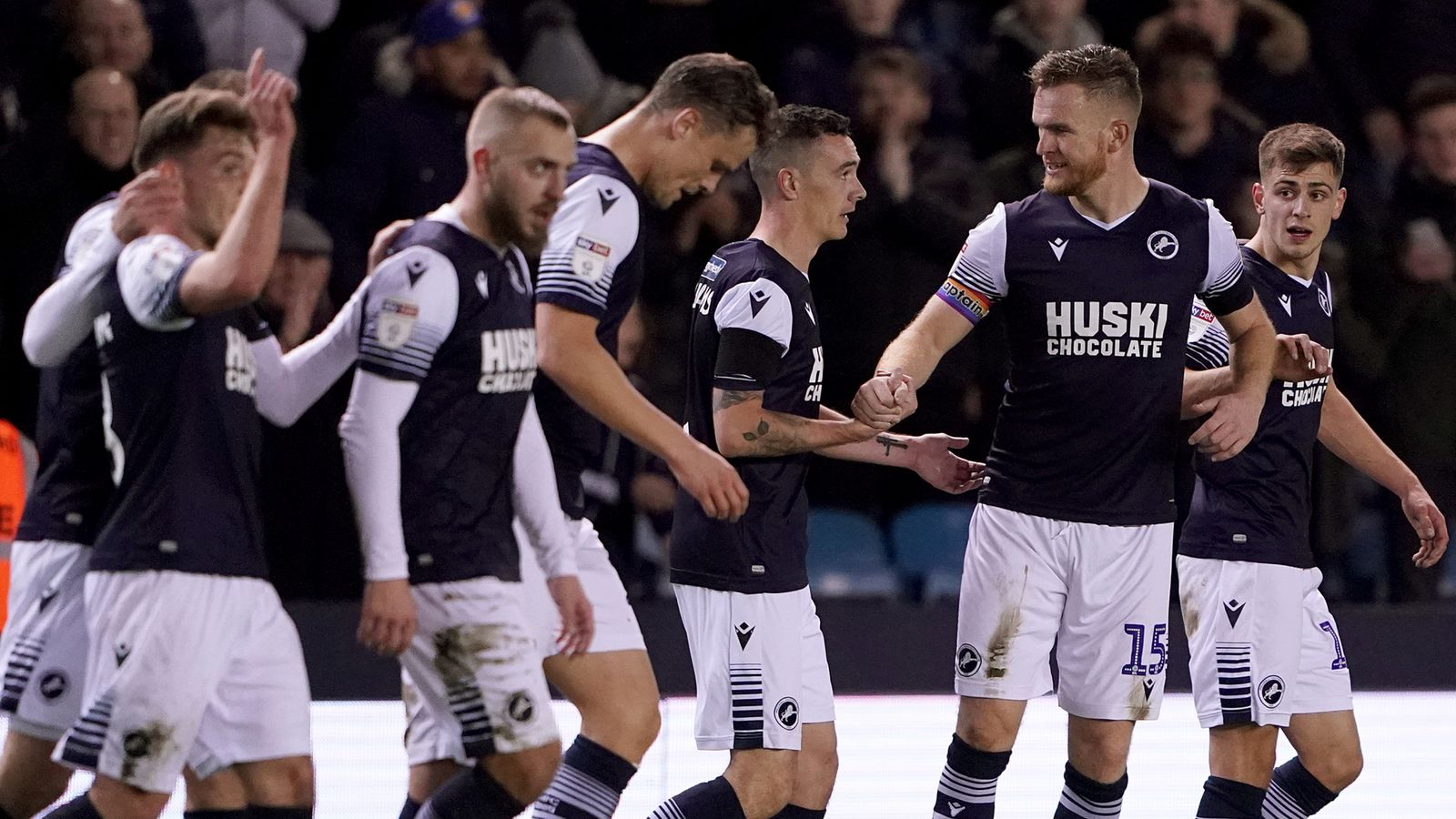 Millwall 2-2 Nottingham Forest: Aiden O'Brien secures late point for Lions