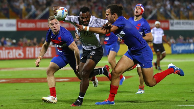 Fiji did not beat France by enough to progress to the quarter-finals in Dubai