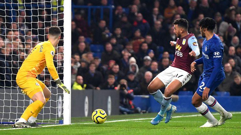 Trezeguet equalises at Stamford Bridge for the visitors from close range