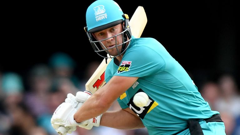 De Villiers helped Brisbane Heat to a seven-wicket win over Adelaide Strikers at the Gabba on Tuesday