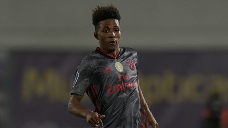 Gedson Fernandes is understood to prefer a move to London