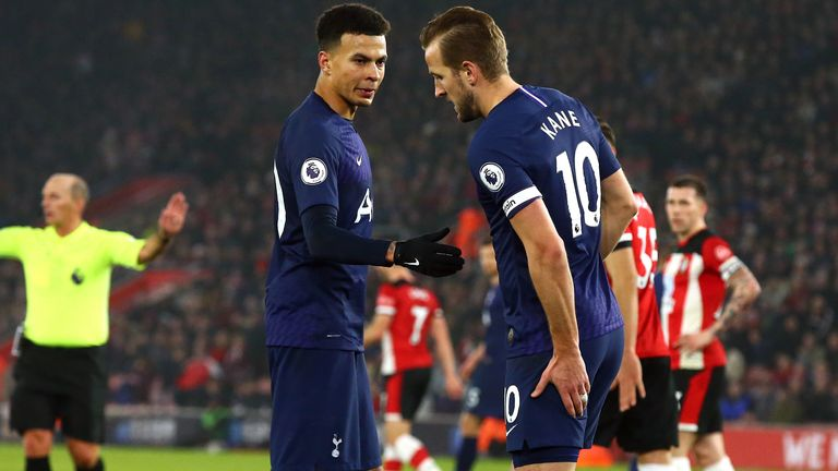 Kane clutches his hamstring after picking up an injury against Southampton