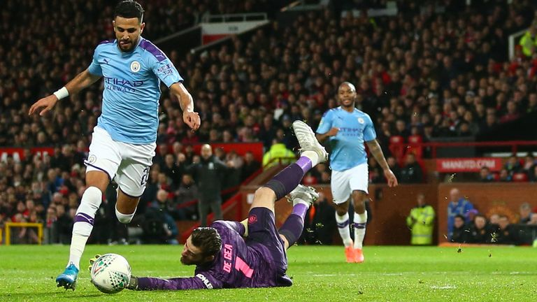 Manchester City beat Manchester United in Carabao Cup first leg