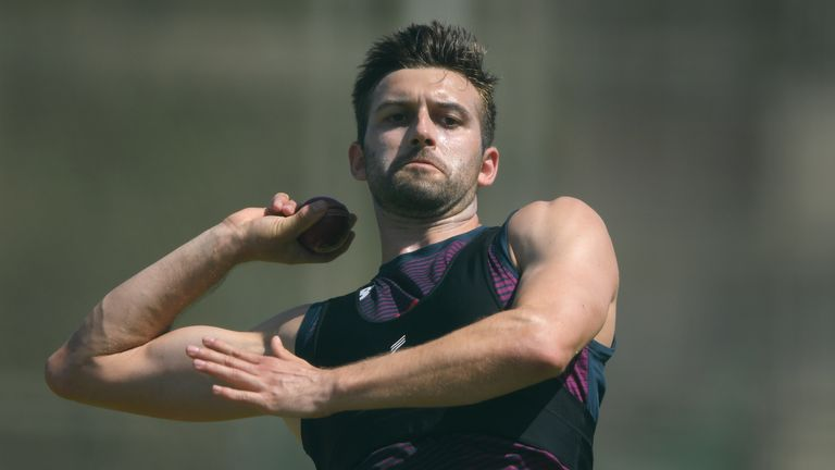 Mark Wood says he is hoping to learn from Steyn during the series
