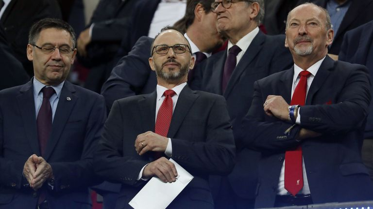 Mike Gordon (centre) had high praise for Klopp