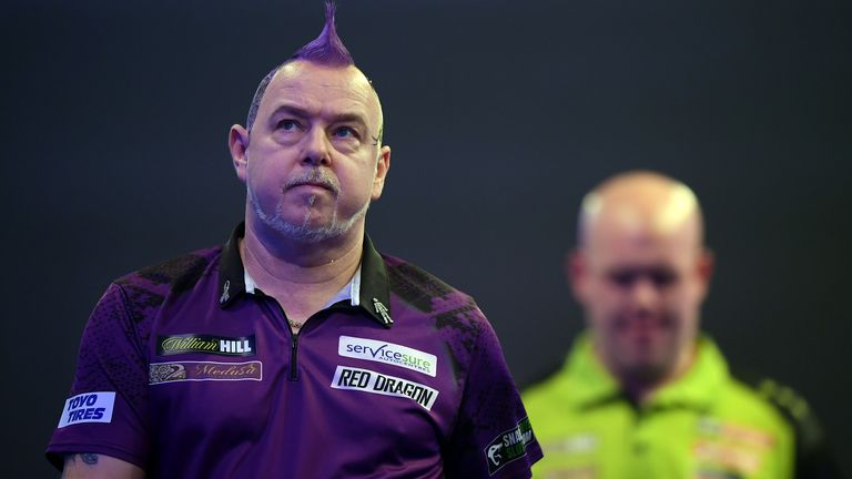 Wright had the upper-hand over Van Gerwen in the opening six sets