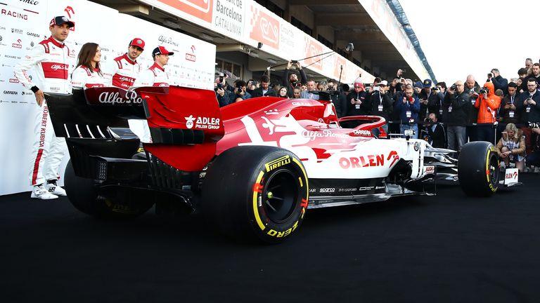 Alfa Romeo unveils 2020 auto ahead of first test