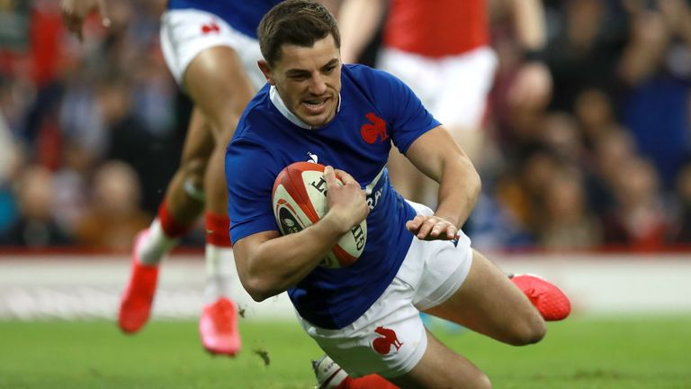 Anthony Bouthier scored France's first try