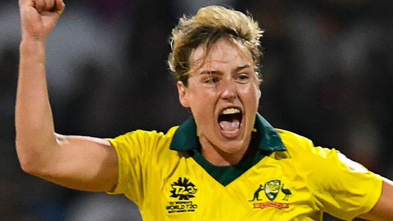 Ellyse Perry reclaimed the leading women's cricketer in the world title