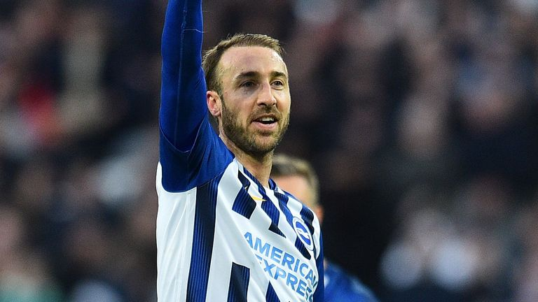 Glenn Murray has signed a contract extension to stay at Brighton until June 2021