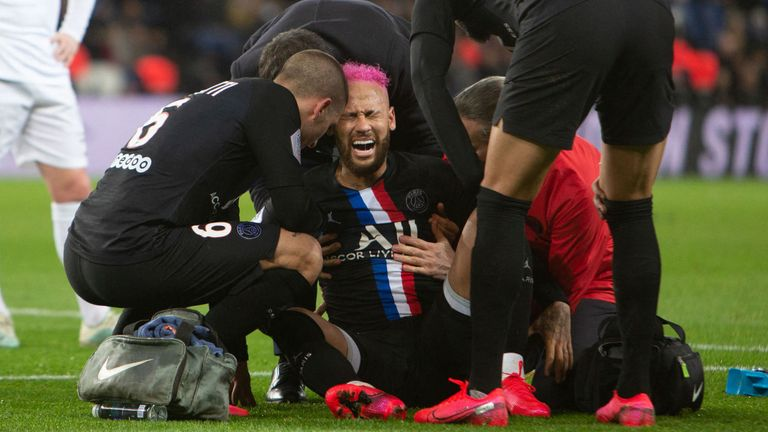 Neymar suffered a rib injury against Montpellier