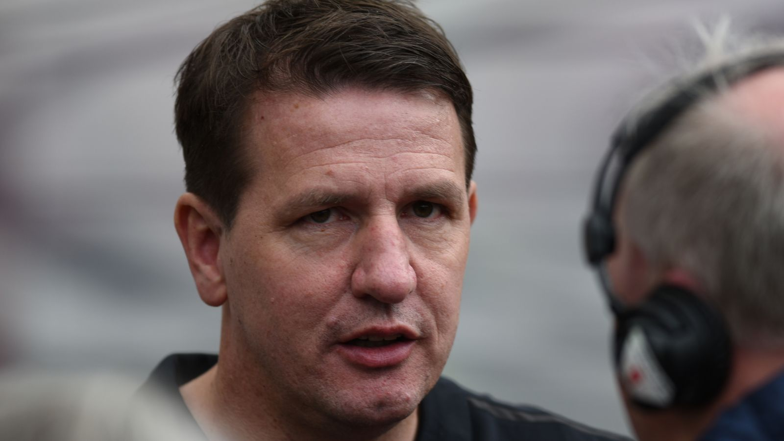 Daniel Stendel asks for compromise in Hearts pay-cut stand-off between players and owner
