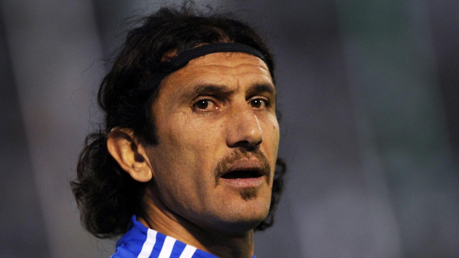 Rustu Recber: El ex arquero de Turquía tiene coronavirus y en 'momento crítico' | Noticias de futbol 43