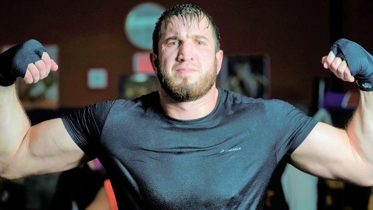 Russian heavyweight Apti Davtaev has sought the guidance of Sugarhill Steward