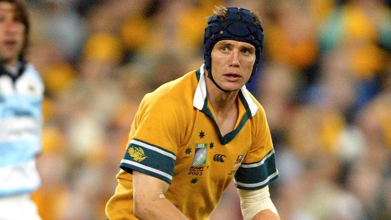 Australian rugby players agree to 'significant' pay cut