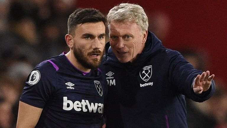 Robert Snodgrass believes David Moyes is the right man to keep West Ham in the Premier League