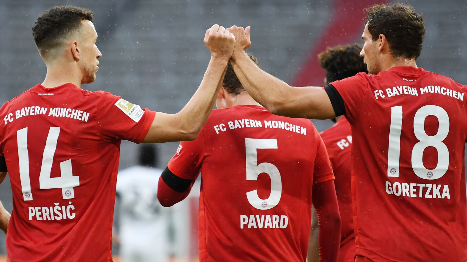 Bayern Munich and Borussia Dortmund show best and worst sides ahead of Tuesday's Klassiker - Bundesliga Hits and Misses