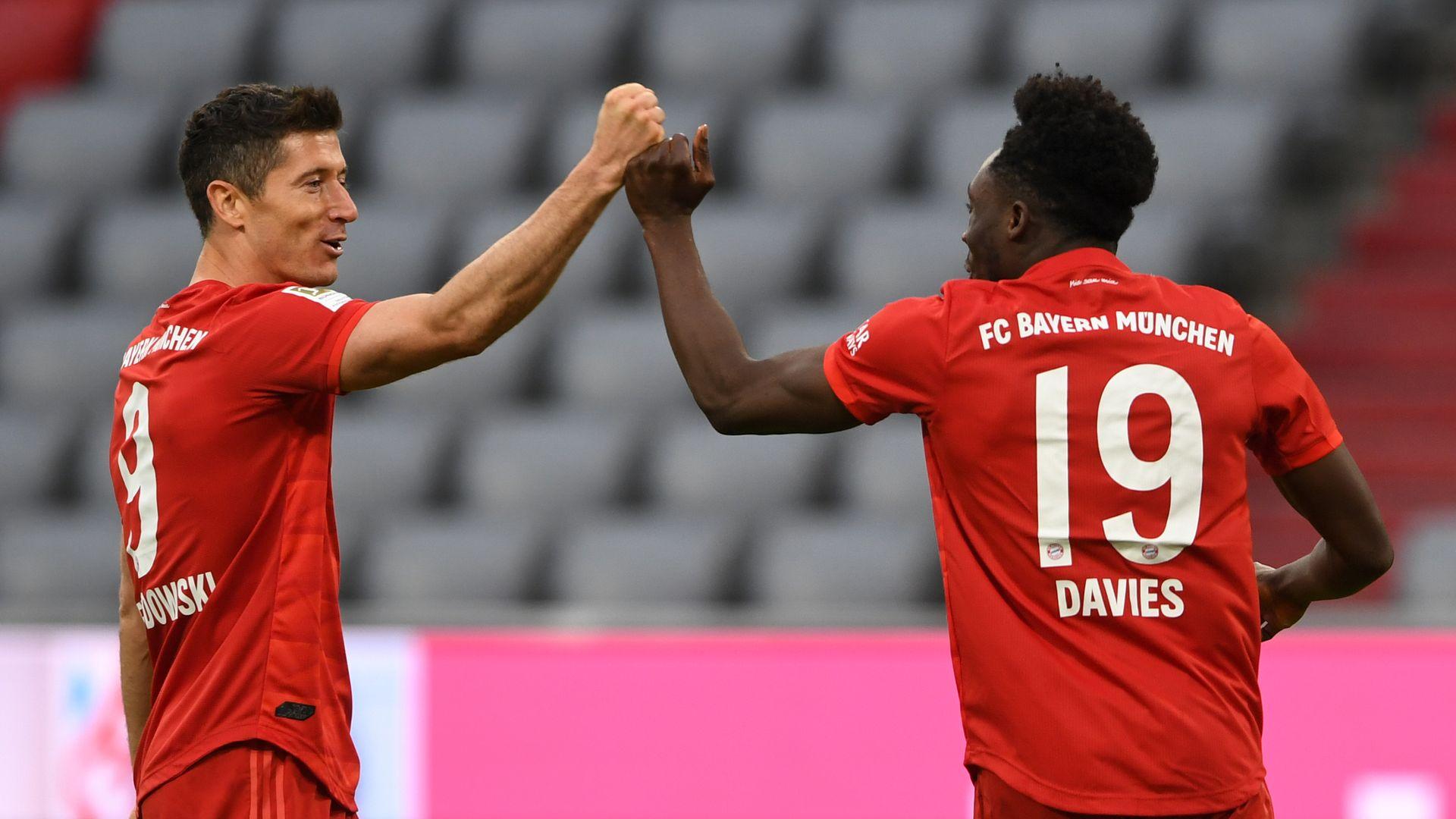 Sizzling Bayern demolish Dusseldorf