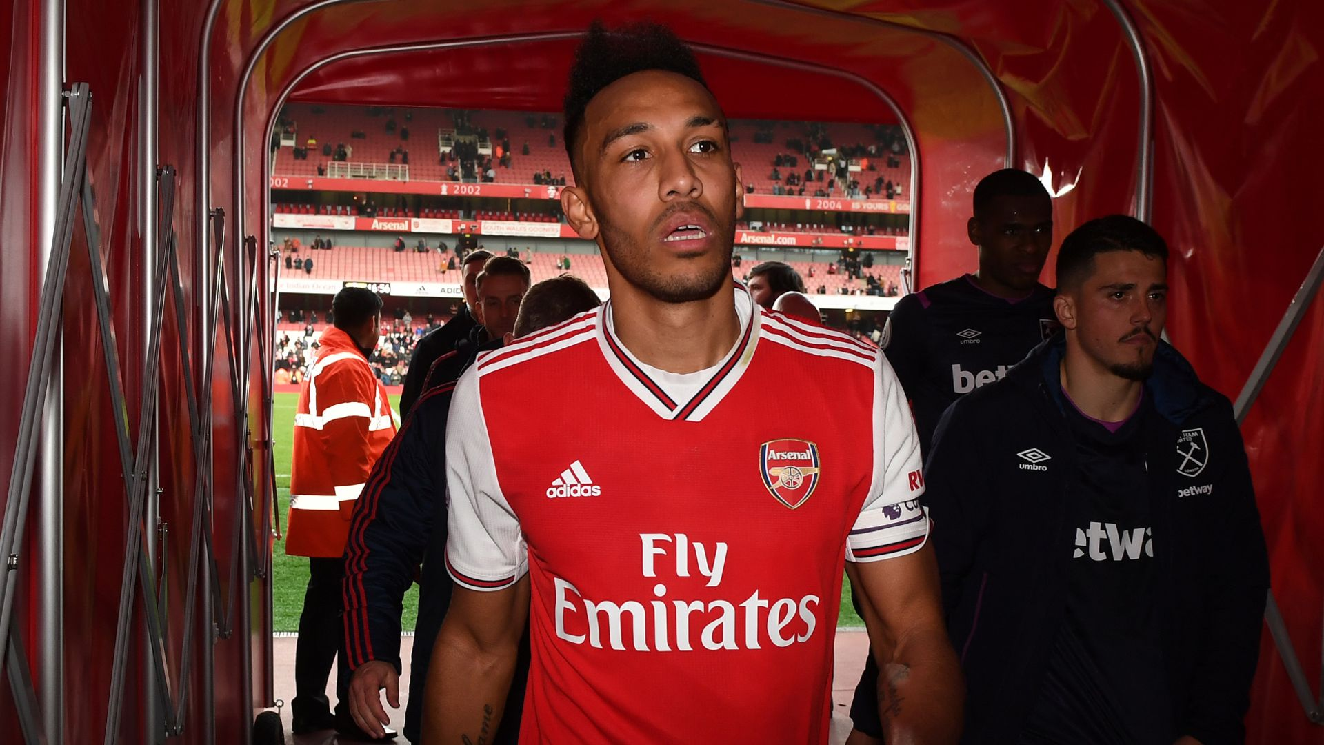 Carra: Why Arsenal must risk losing Auba for free