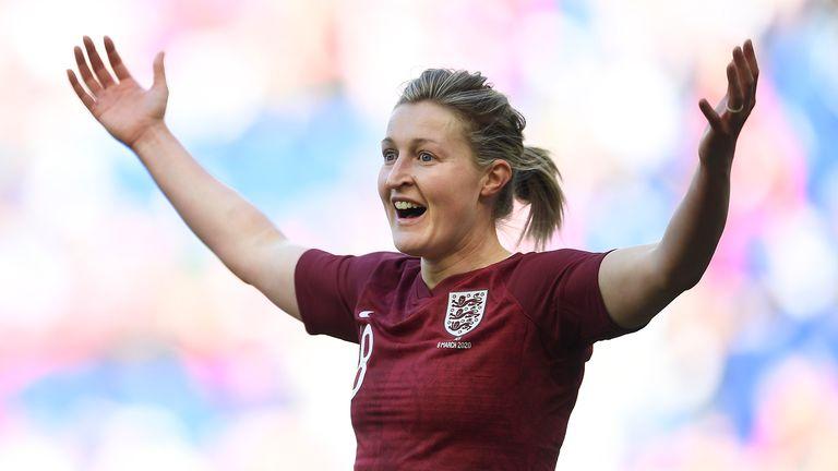 Ellen White chooses her perfect striker on Soccer AM